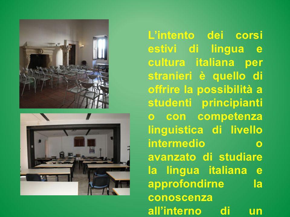 Lintento dei corsi estivi di lingua e cultura italiana per stranieri è quello di offrire la possibilità a studenti principianti o con competenza lingu