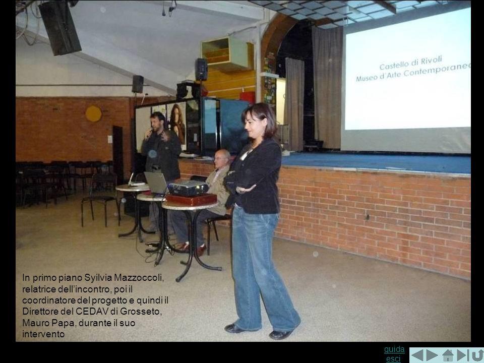 guida guida esciesci In primo piano Syilvia Mazzoccoli, relatrice dellincontro, poi il coordinatore del progetto e quindi il Direttore del CEDAV di Grosseto, Mauro Papa, durante il suo intervento