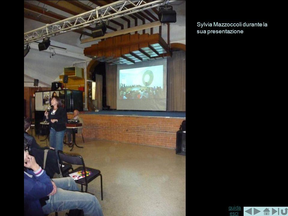 guida guida esciesci Sylvia Mazzoccoli durante la sua presentazione