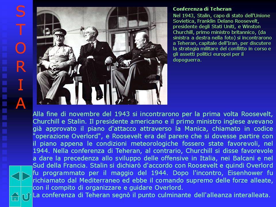 Conferenza di Teheran Nel 1943, Stalin, capo di stato dell'Unione Sovietica, Franklin Delano Roosevelt, presidente degli Stati Uniti, e Winston Church
