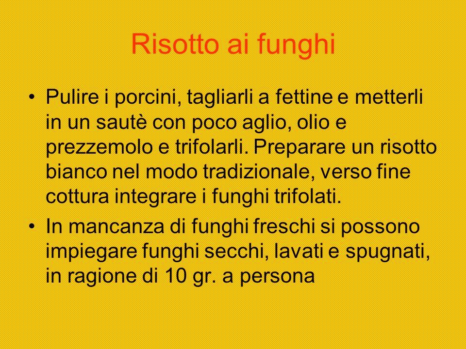Risotto allAnguilla del Ticino Fare rosolare in una padella con olio doliva della brunoise con uno spicchio daglio e del prezzemolo trito.
