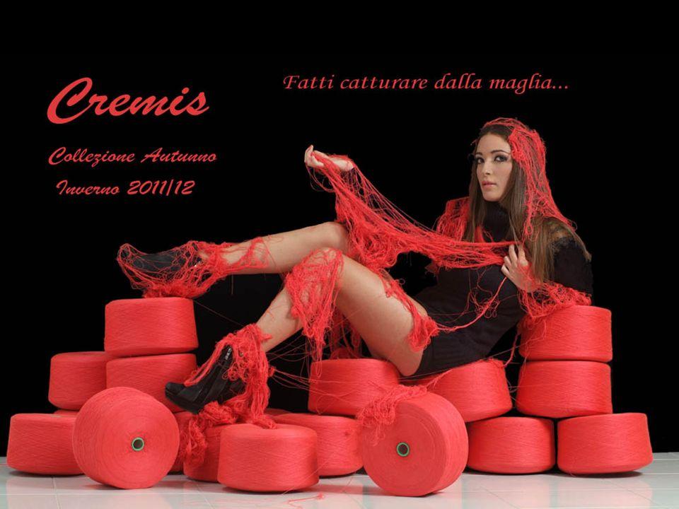 Crem is Codice foto 42/45 Articoli: Sciarpa Cintura in maglia con applicazione fiore