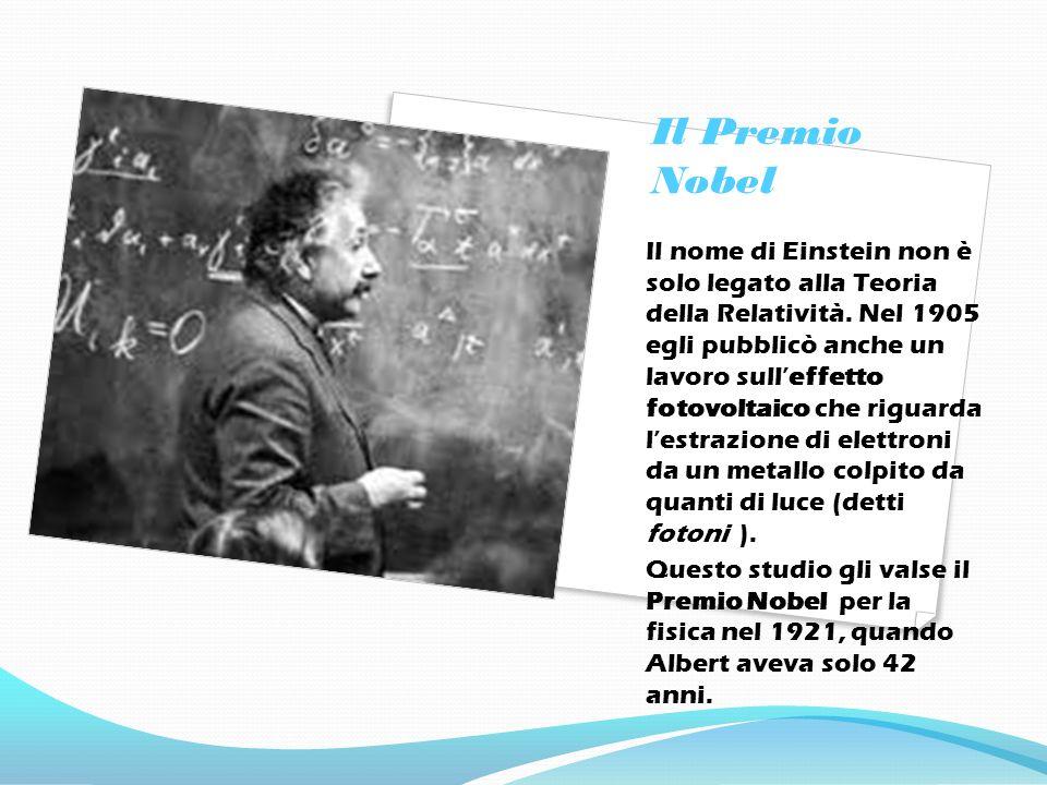 La Teoria della Relatività Nel 1905 Albert Einstein pubblicò la sua Teoria della Relatività, demolendo tutti i concetti principali su cui si basava la concezione Newtoniana dell Universo.