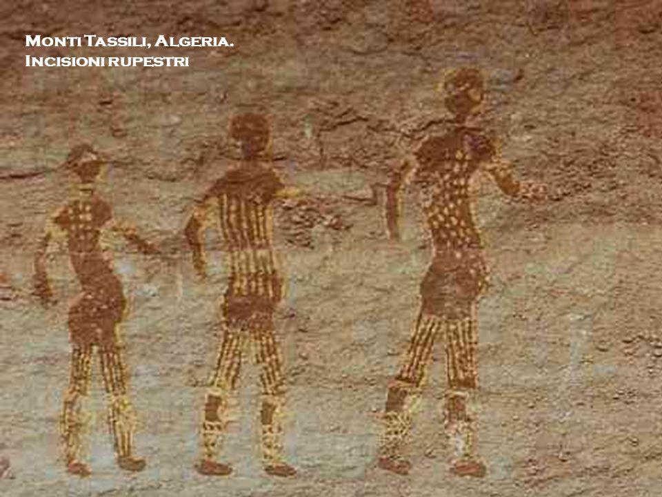 I. Michela Zucca Servizi culturali Monti Tassili, Algeria. Incisioni rupestri