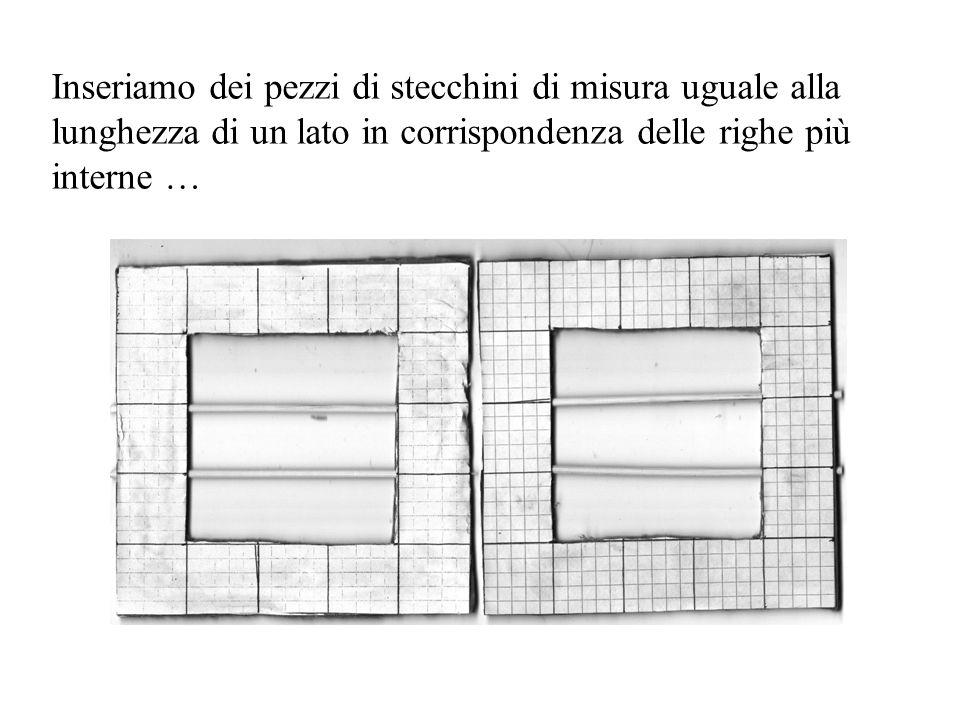 … e attacchiamoli insieme con la colla incrociando gli stecchini; infine numeriamo le caselle come in figura.