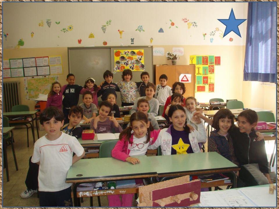 I BAMBINI DELLA IIA anno scolastico 2009/2010, ricostruiscono la storia della loro scuola primaria: lAnita Garibaldi