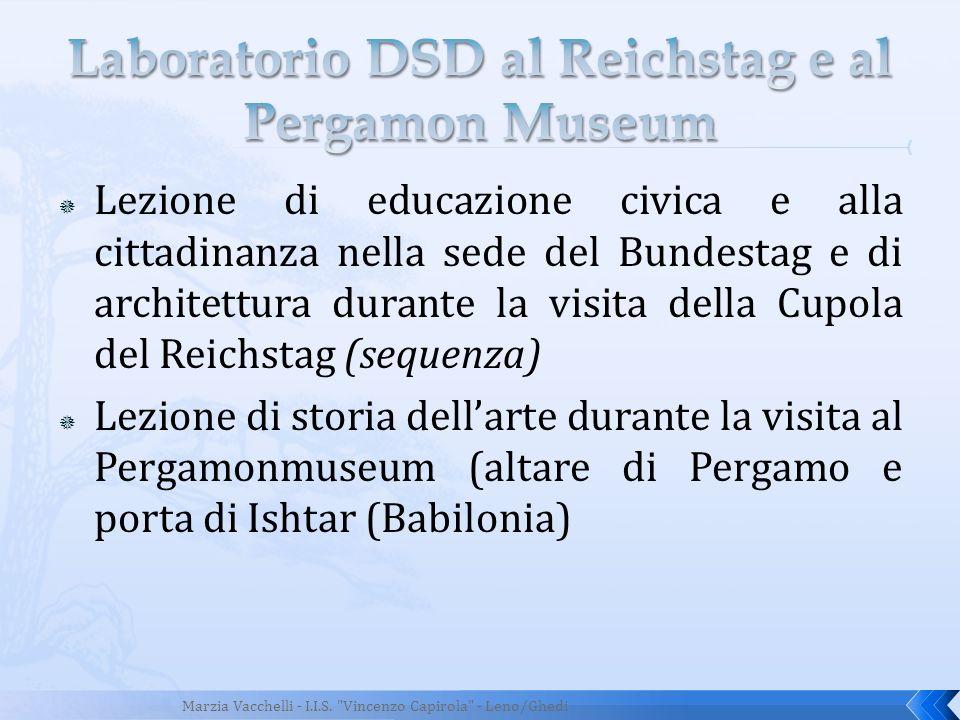 Lezione di educazione civica e alla cittadinanza nella sede del Bundestag e di architettura durante la visita della Cupola del Reichstag (sequenza) Le