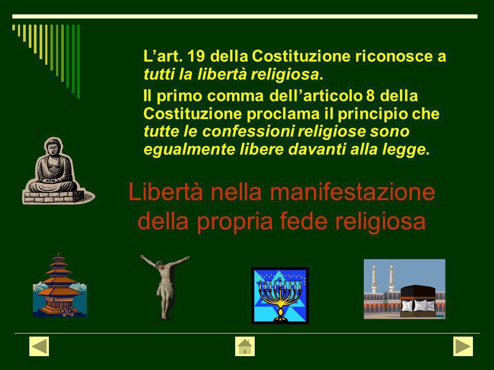 La libertà di associazione consiste nel diritto di associarsi liberamente senza necessità di autorizzazione pubblica, per realizzare fini che non sian