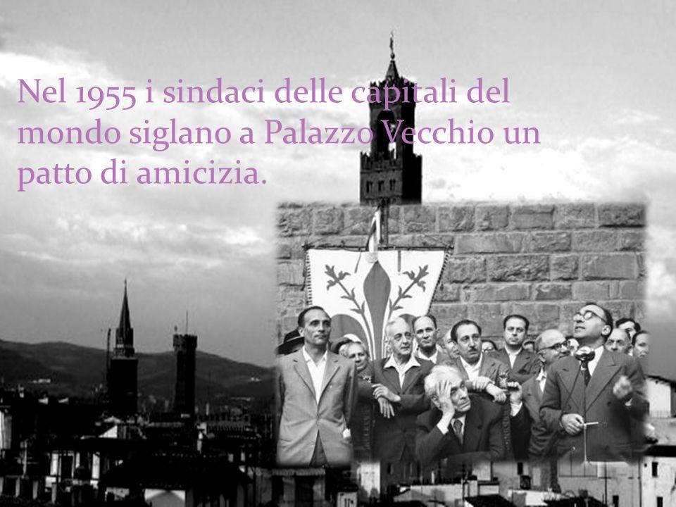 Nel 1952 organizza il Primo Convegno internazionale per la pace e la civiltà cristiana.