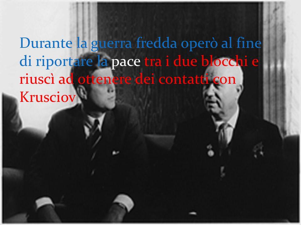 Nel 1955 i sindaci delle capitali del mondo siglano a Palazzo Vecchio un patto di amicizia.