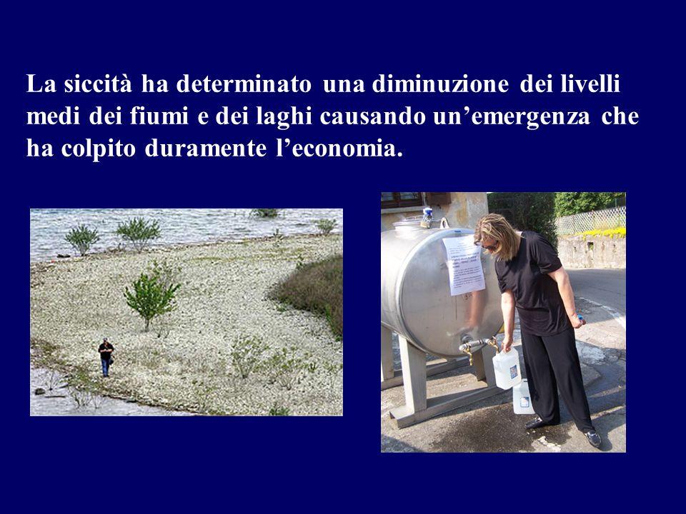 La siccità ha determinato una diminuzione dei livelli medi dei fiumi e dei laghi causando unemergenza che ha colpito duramente leconomia.