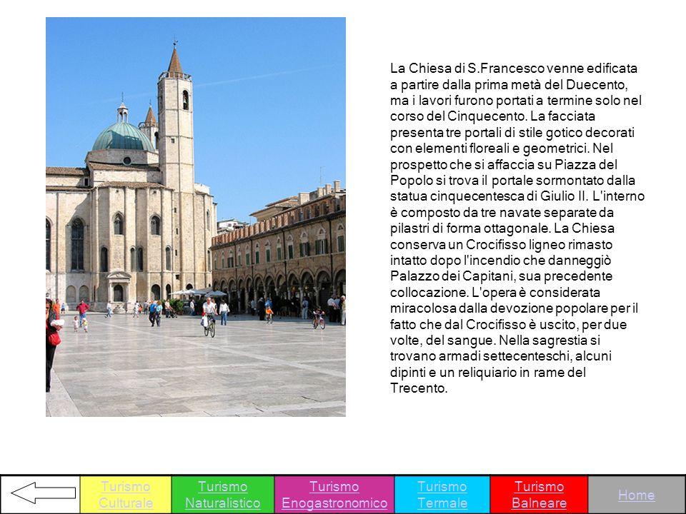 La Chiesa di S.Francesco venne edificata a partire dalla prima metà del Duecento, ma i lavori furono portati a termine solo nel corso del Cinquecento.