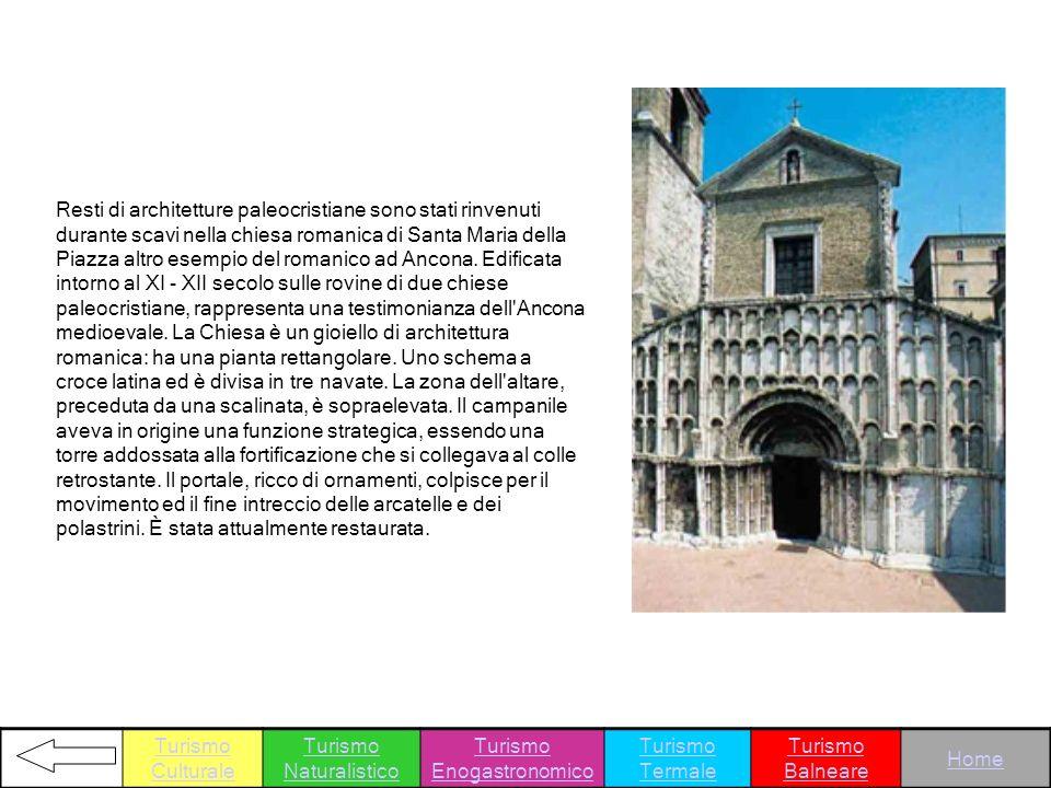 Resti di architetture paleocristiane sono stati rinvenuti durante scavi nella chiesa romanica di Santa Maria della Piazza altro esempio del romanico a