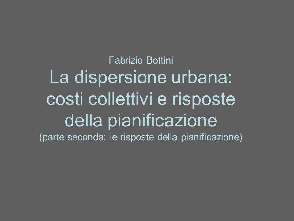 Smart Growth: rivitalizzazione urbana Una delle origini della suburbanizzazione, sta nella crisi socioeconomica e di qualità dello spazio (degrado, rischio, carenza di servizi) residenziale nei nuclei centrali.