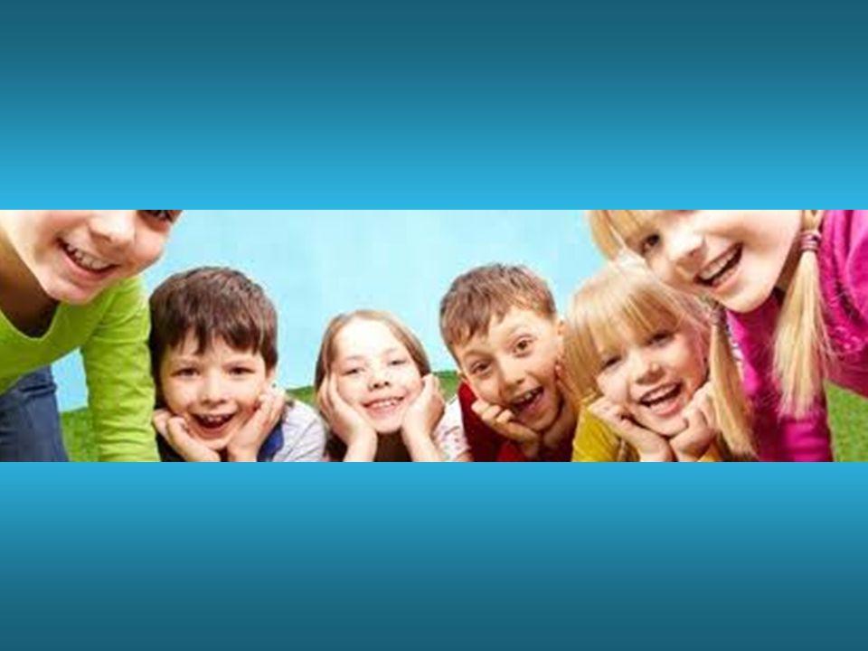 Infatti non si può esprimere qualcosa che non sia già presente dentro di noi e se parliamo di bellezza, così naturale negli occhi dei bambini, è necessario un percorso di riscoperta di energie dimenticate, rifiutate.