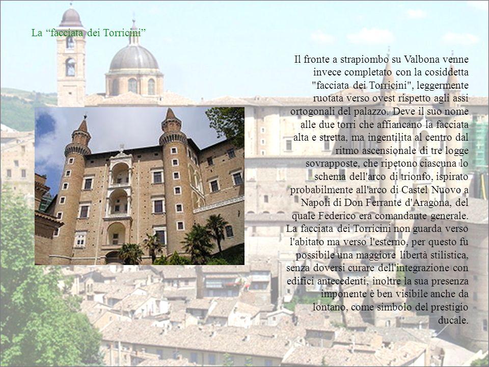 III fase: Francesco di Giorgio Martini Nel 1472 Luciano Laurana lasciò Urbino, ma subentrò nella direzione dei lavori Francesco di Giorgio, che iniziò un nuovo sviluppo anche in seguito alla nomina di Federico come duca e gonfaloniere della Chiesa da parte di Sisto IV.