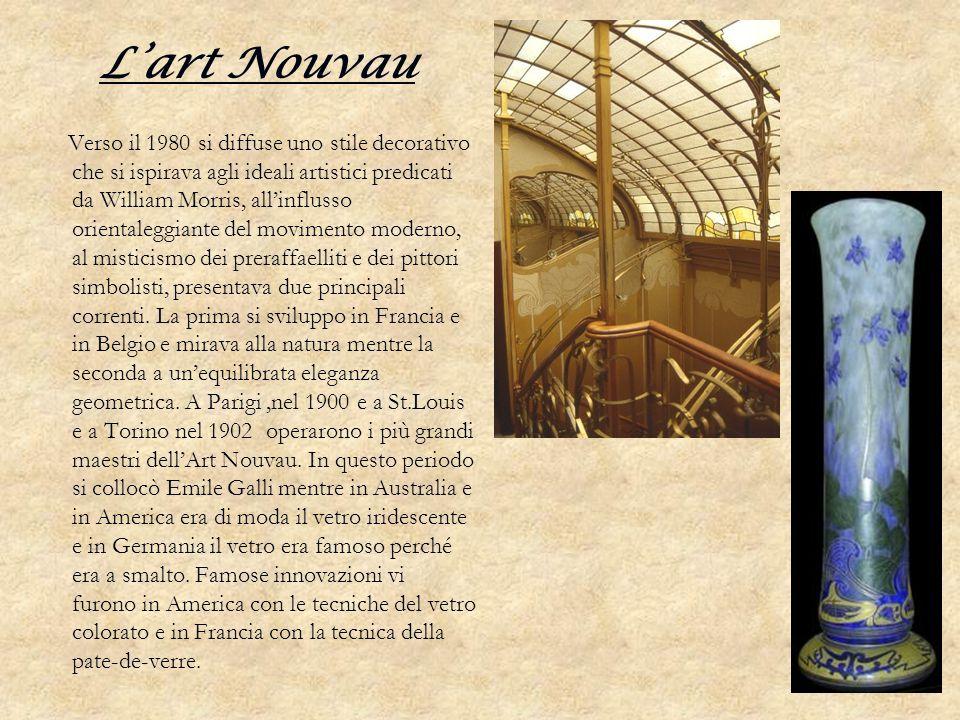 Lart Nouvau Verso il 1980 si diffuse uno stile decorativo che si ispirava agli ideali artistici predicati da William Morris, allinflusso orientaleggia