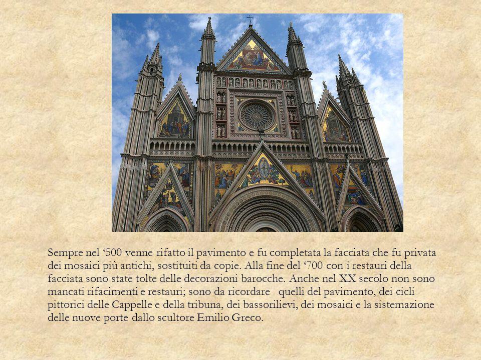 Sempre nel 500 venne rifatto il pavimento e fu completata la facciata che fu privata dei mosaici più antichi, sostituiti da copie. Alla fine del 700 c