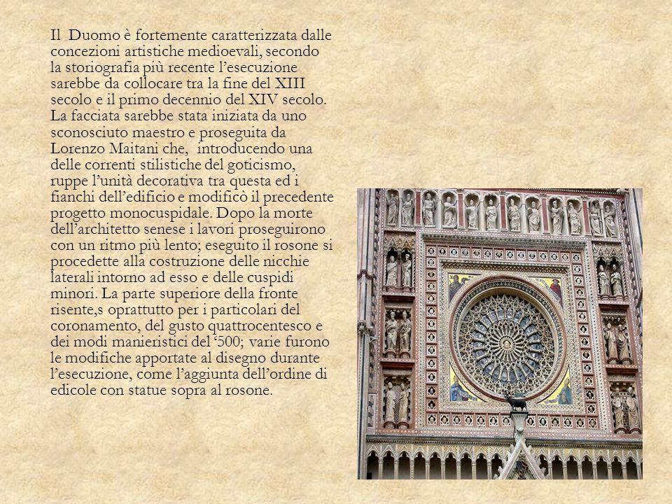 Il Duomo è fortemente caratterizzata dalle concezioni artistiche medioevali, secondo la storiografia più recente lesecuzione sarebbe da collocare tra