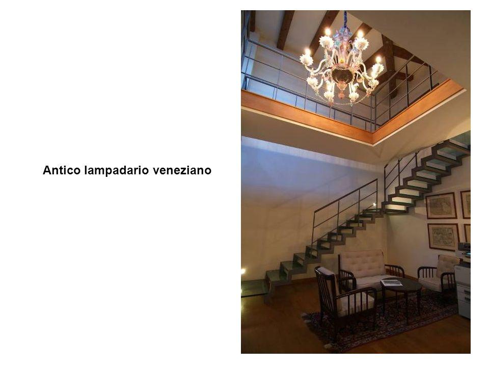 9 Antico lampadario veneziano