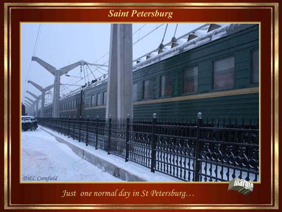 Saint Petersburg St Est. Petersburg è un ammaliatore e Dostoevsky spesso disse:
