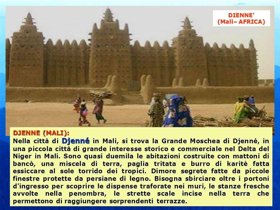 DJENNE (MALI): Nella città di Djenné in Mali, si trova la Grande Moschea di Djenné, in una piccola città di grande interesse storico e commerciale nel Delta del Niger in Mali.