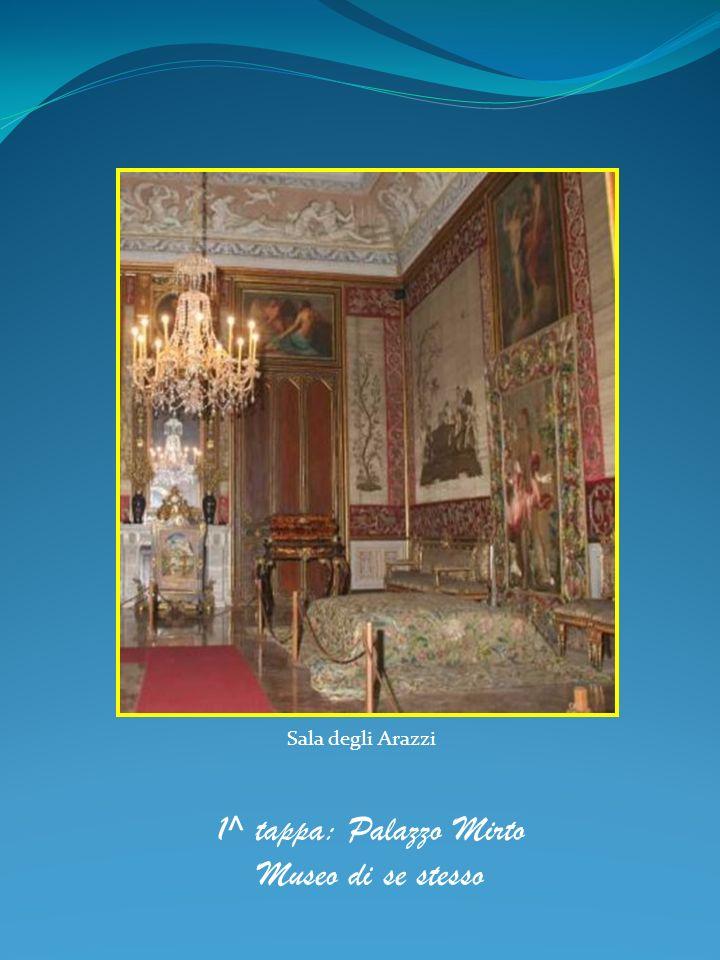 Pale e trittici di scuola siciliana Salone delle croci, dove trovano posto la croce dipinta da Pietro Ruzzolone e dipinti di scuola siciliana