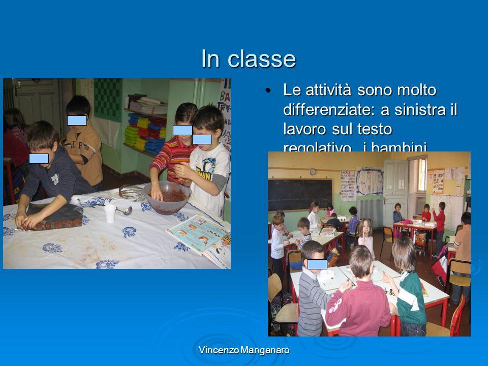 Vincenzo Manganaro In classe Le attività sono molto differenziate: a sinistra il lavoro sul testo regolativo, i bambini preparano un dolce; in basso u