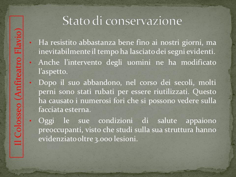 LArco di Costantino Larco di Costantino è stato eretto nellepoca di Adriano e rimaneggiato successivamente per celebrare il trionfo dellimperatore Costantino su Massenzio (312 d.C.).