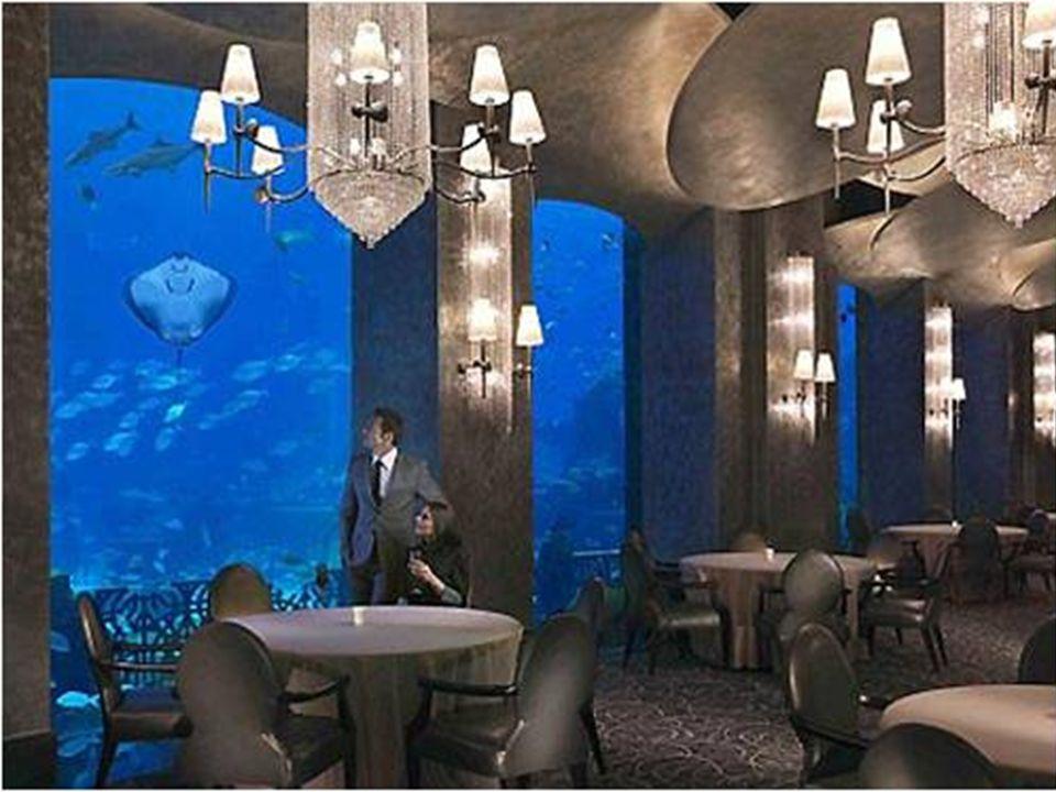 Hydropolis, il primo hotel sott acqua. Costruito totalmente in Germania e montato successivamente a Dubai. È stato inaugurato nel 2009.