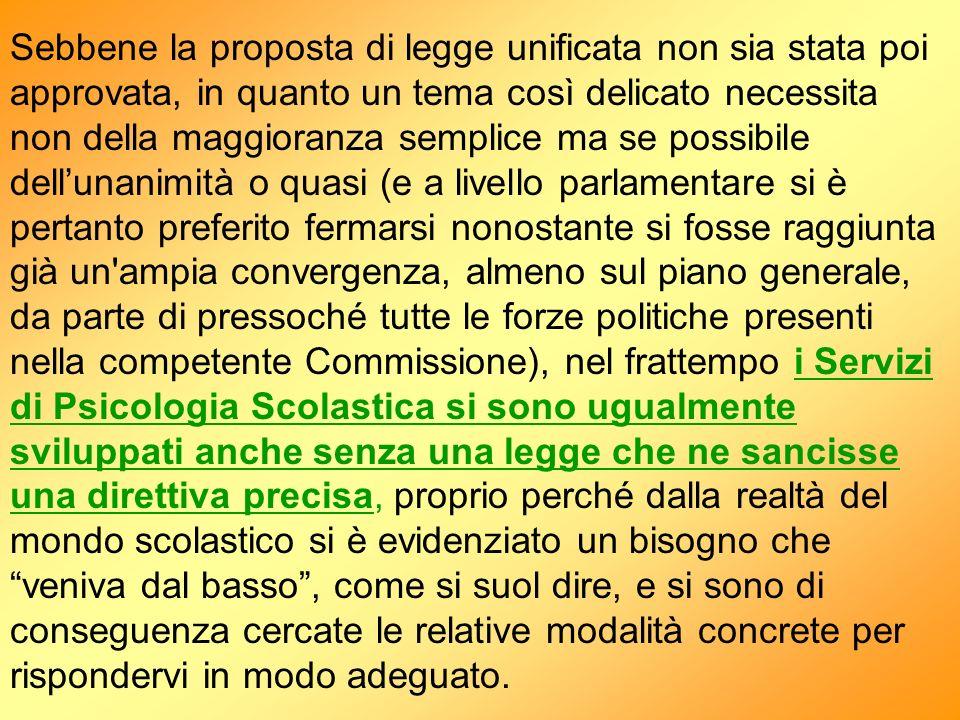 3 - LA BUSSOLA Anche nellattuale fase di grandi mutamenti legislativi rimane evidente che: Lo Psicologo Scolastico : - NON E una professione di carattere sanitario.