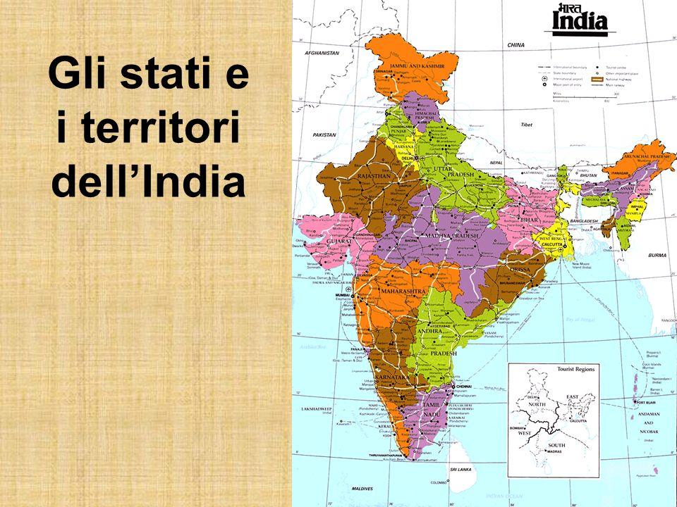 La vita in India: le condizioni sanitarie In molte zone dellIndia non cè acqua potabile e le scarse misure igieniche favoriscono la diffusione di malattie.