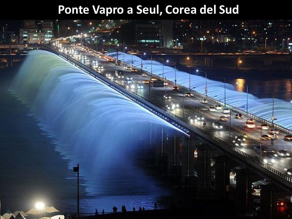Ponte nella provincia cinese di Shandun. É il ponte marittimo più lungo del mondo, con oltre 36 Km e con 8 corsie.