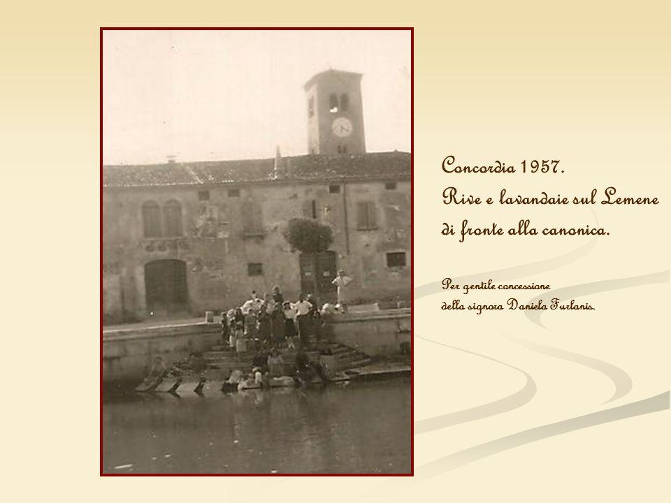 Concordia 1957. Rive e lavandaie sul Lemene di fronte alla canonica. Per gentile concessione della signora Daniela Furlanis.