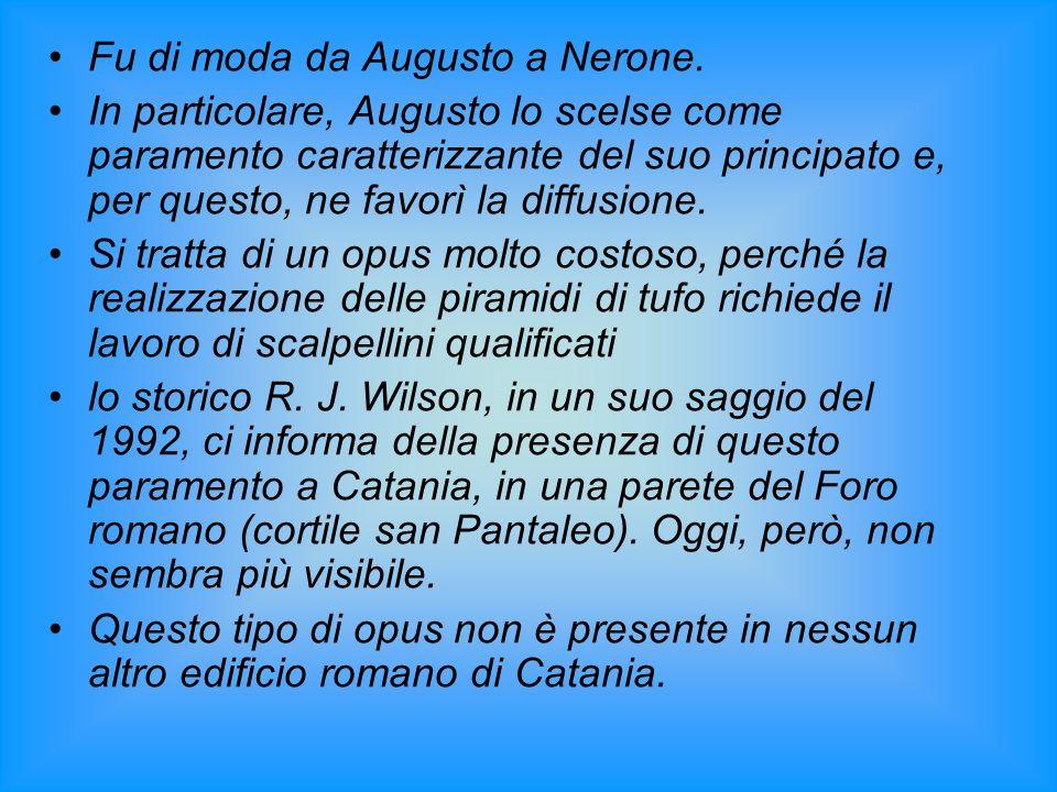 Fu di moda da Augusto a Nerone. In particolare, Augusto lo scelse come paramento caratterizzante del suo principato e, per questo, ne favorì la diffus