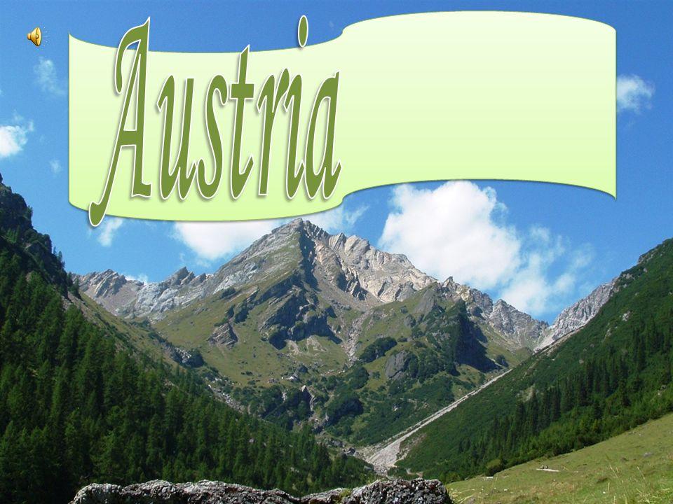L intera regione è prevalentemente montuosa, per essere in gran parte costituita dall arco alpino orientale che si apre fra il Danubio e la pianura ungherese.