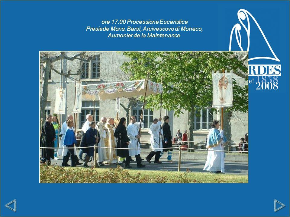 ore 17.00 Processione Eucaristica Presiede Mons.