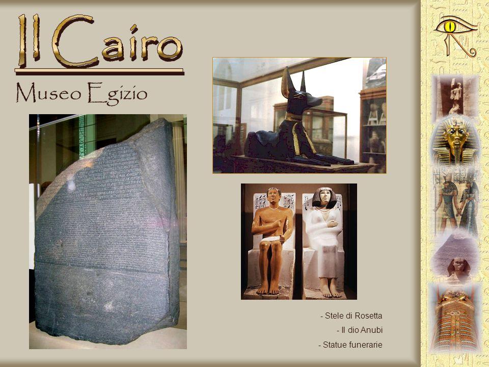 Museo Egizio - Statua di soldato - Piccole imbarcazioni in legno - Vasi canopi