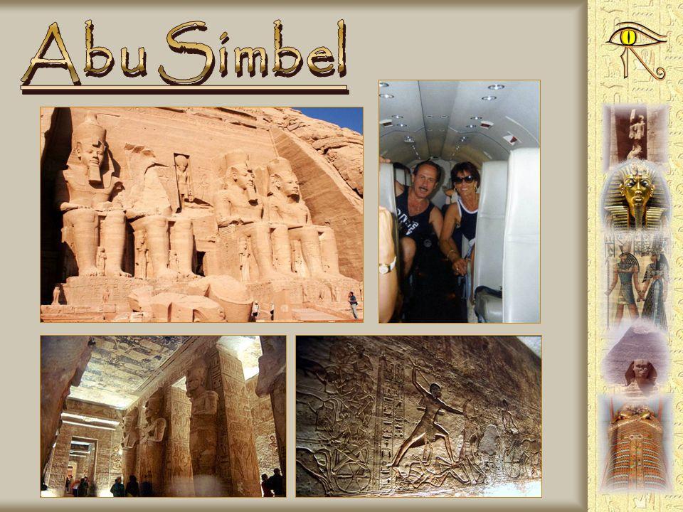 - Trasferimento aereo dal Cairo ad Abu Simbel - Sorvolato il Nilo fino al Lago Nasser - Volo di quasi 1000 kilometri - Dopo la visita al sito archeolo