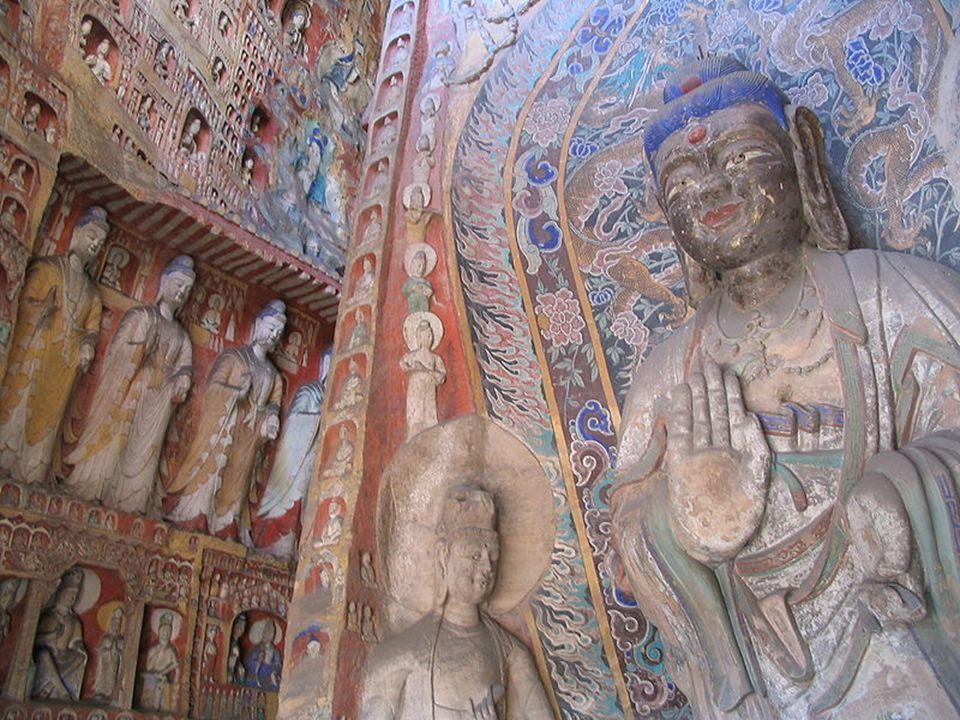 Il tempio sospeso in cielo Nella regione dello Shanxi, nel nord del paese, per vedere due meraviglie: le antiche grotte di Yungang, patrimonio dell Umanità e il monastero a 50 metri da terra costruito nella montagna