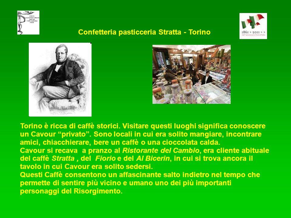 Torino è ricca di caffè storici. Visitare questi luoghi significa conoscere un Cavour privato. Sono locali in cui era solito mangiare, incontrare amic