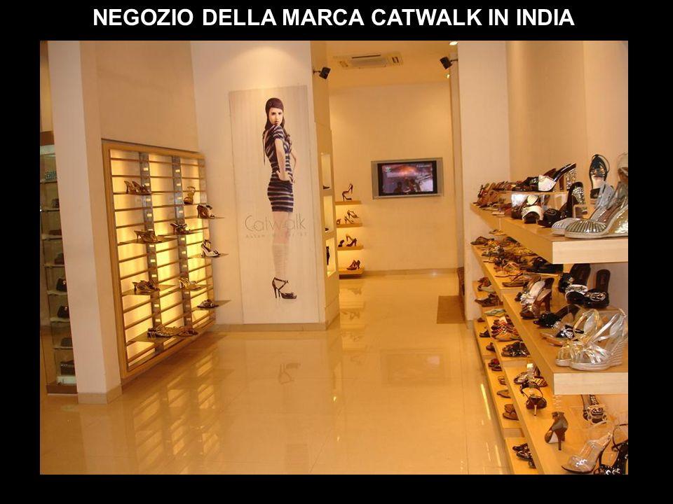 NEGOZIO DELLA MARCA CATWALK IN INDIA