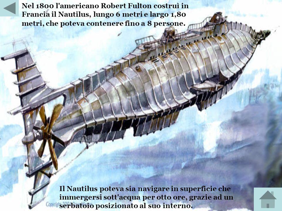 Già in passato Cornelius Drebbel, inventore olandese, aveva costruito, nel 1624, un sottomarino rudimentale. Si ha il suo primo impiego un anno dopo,