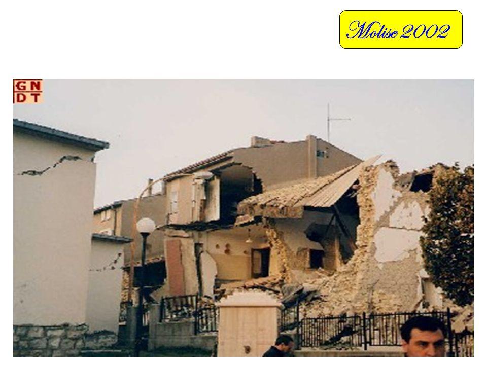 Sicilia 2002 Quelle in Rosso sono le linee di Frattura della Faglia