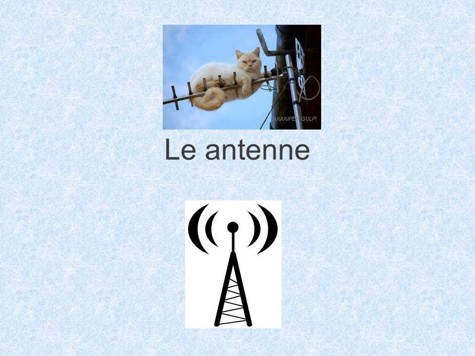Antenne particolari Antenna isotropa: antenna puramente ideale che irradia in modo uniforme in tutte le direzioni Dipolo elementare: antenna formata da conduttori di lunghezza molto maggiore di in modo tale che la corrente che vi fluisce è costante Dipolo in : si utilizza come dipolo di riferimento o spesso, anche altri tipi di antenne di caratteristiche note