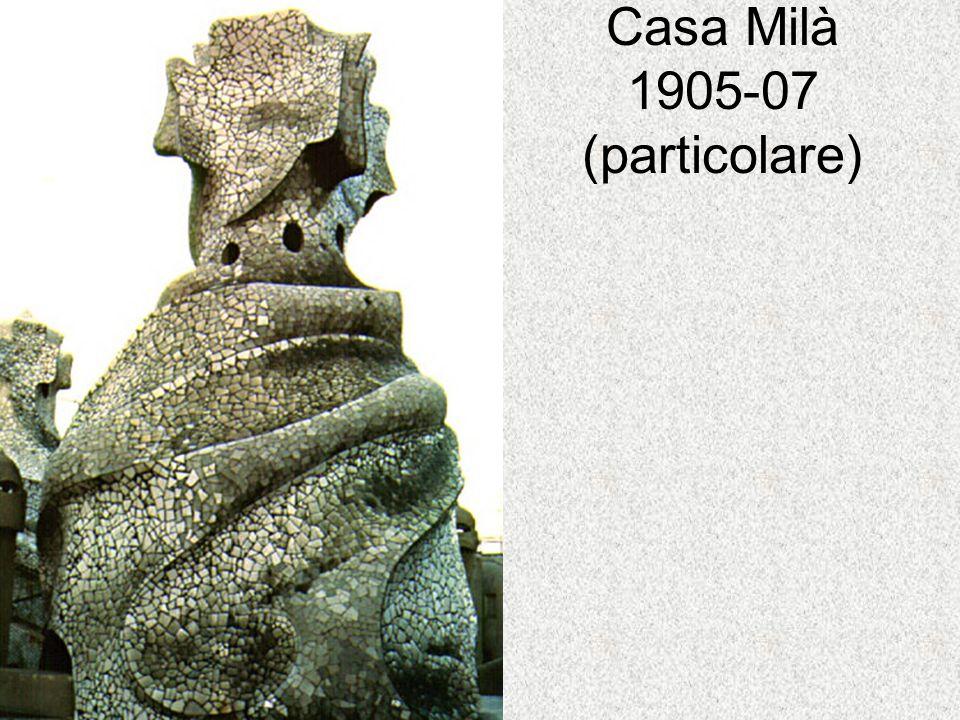 Casa Milà 1905-07 (particolare)