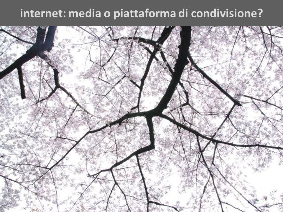 internet: media o piattaforma di condivisione