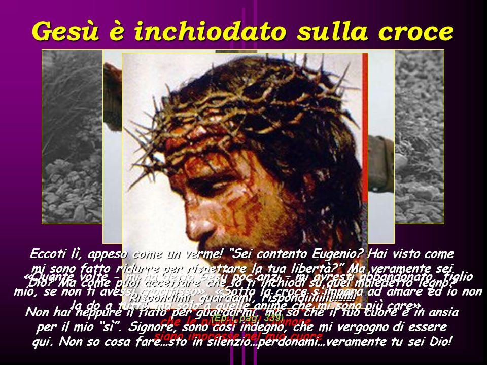 Gesù è spogliato delle vesti Stabat Mater dolorosa iuxta crucem lacrimosa dum pendebat Filius Santa Madre io ti prego, che le piaghe del Signore, sian