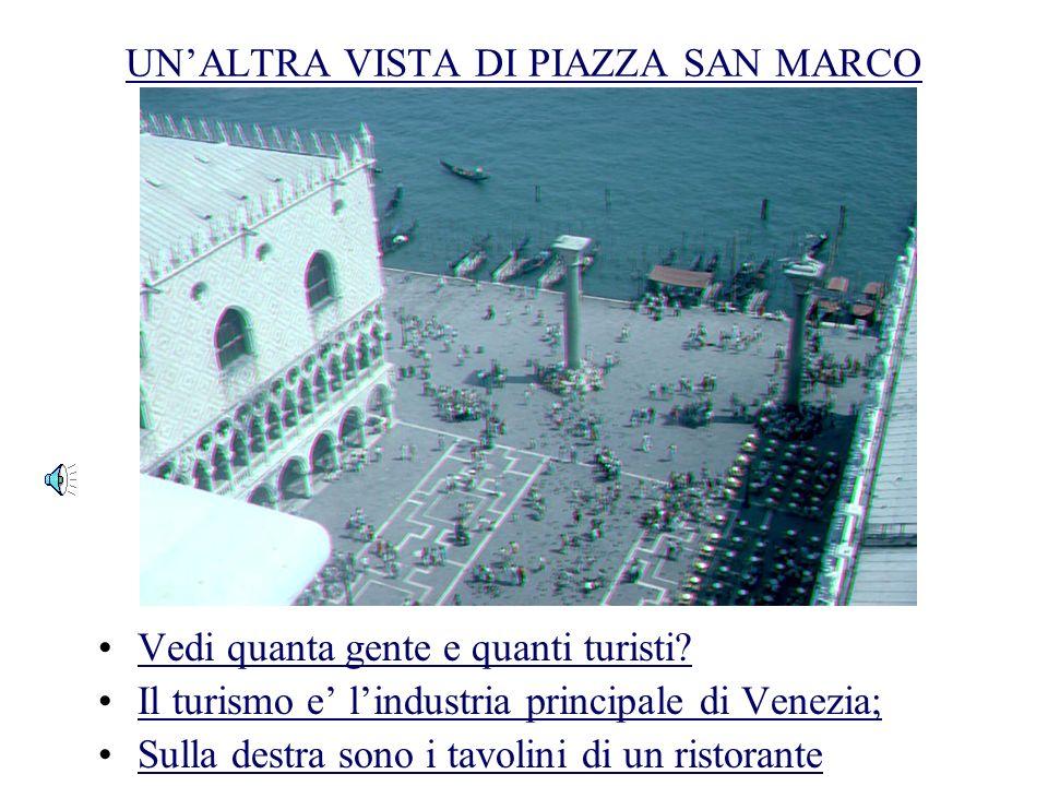 Il PALAZZO DEI DOGI E LE PRIGIONI Ecco il famoso Ponte dei Sospiri! Le prigioni sono sulla destra Venezia era governata da una oligarchia severa
