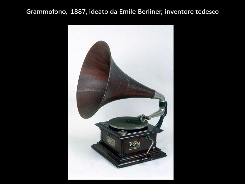 Grammofono, 1887, ideato da Emile Berliner, inventore tedesco